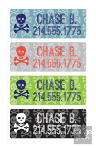 skulls peel 'n stick clothing labels - set of 64